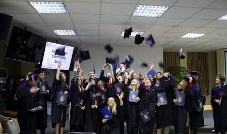 Випуск 2016 на Висше училище по мениджмънт