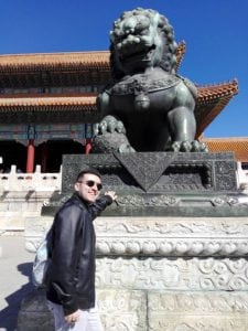 Chinese monument sightseeing study trip