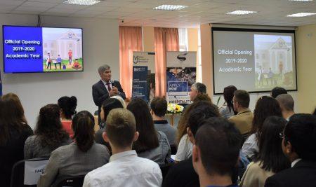 Със студенти от 60 държави стартира учебната година Висше училище по мениджмънт – Варна
